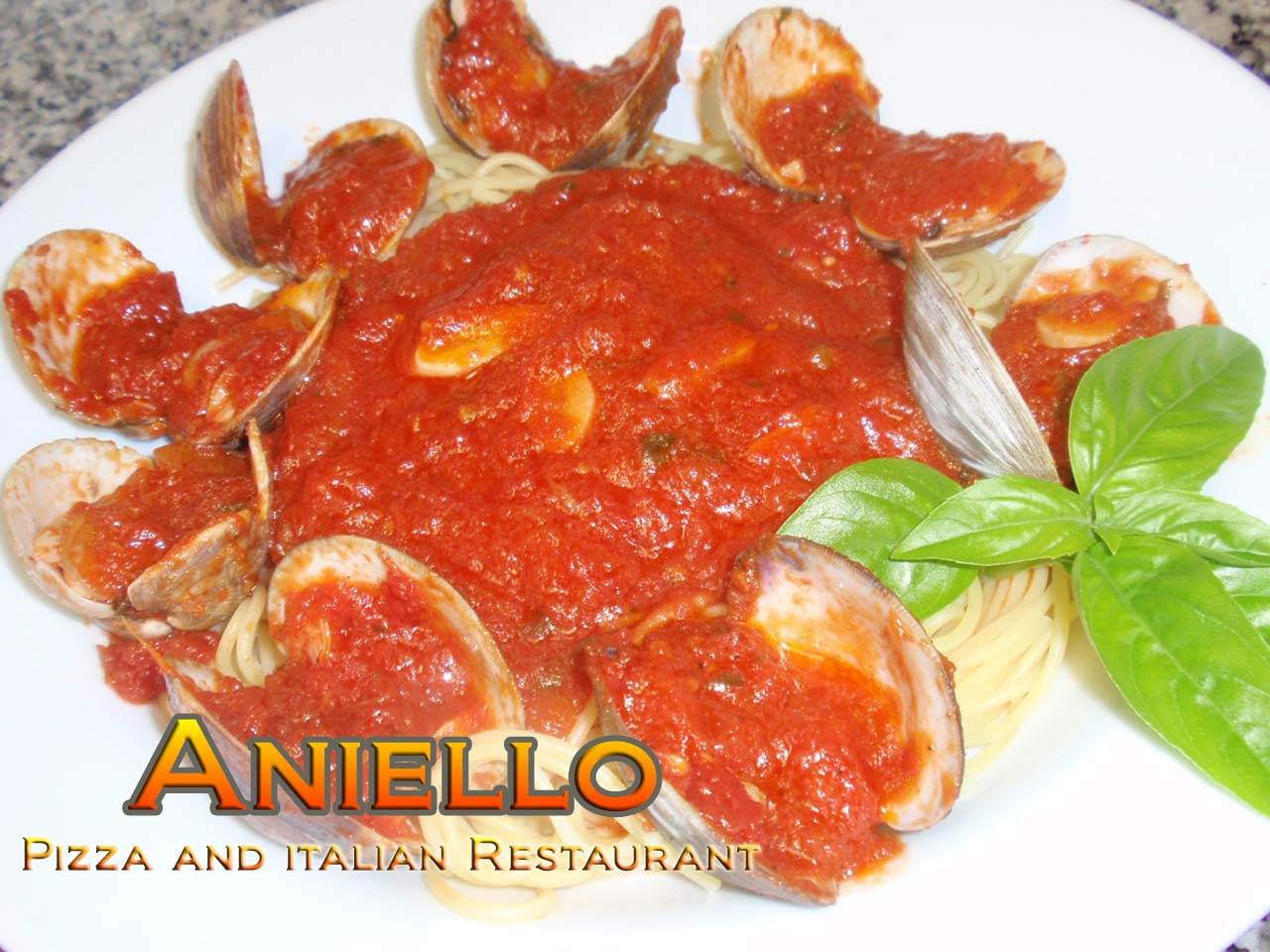 Aniello's Linguini with clams